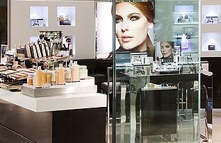 Die Beauty-Abteilung der Galeries Lafayette Berlin