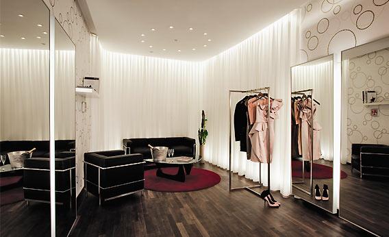 Personal Shopper in den Galeries Lafayette Berlin