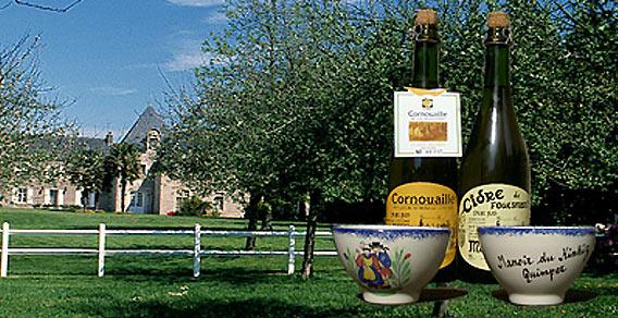 Bretonischer Cidre von le Manoir du Kinkiz im Weinkeller der Galeries Lafayette Berlin