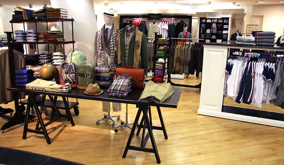 Der Corner von Hackett London in den Galeries Lafayette Berlin