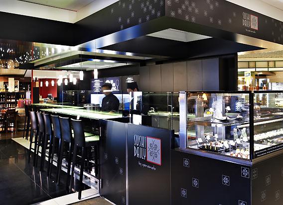 """""""Le Bar Blanc"""" - die Weißwein- und Champagnerbar bei Lafayette Gourmet Berlin"""