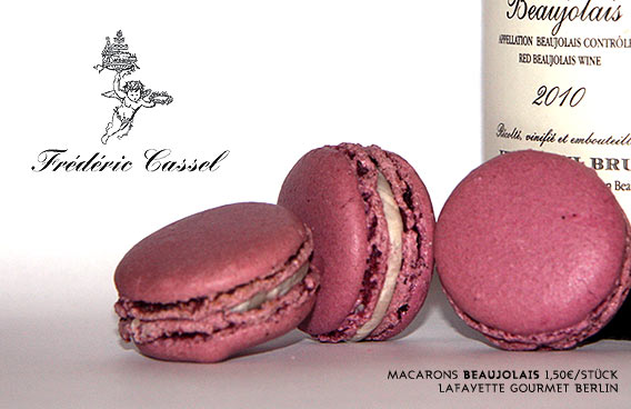 "Macaron ""Beaujolais"" von Frédéric Cassel | Lafayette Gourmet Berlin"