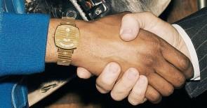 Retro & unisex: die GUCCI GRIP Uhren sind da!