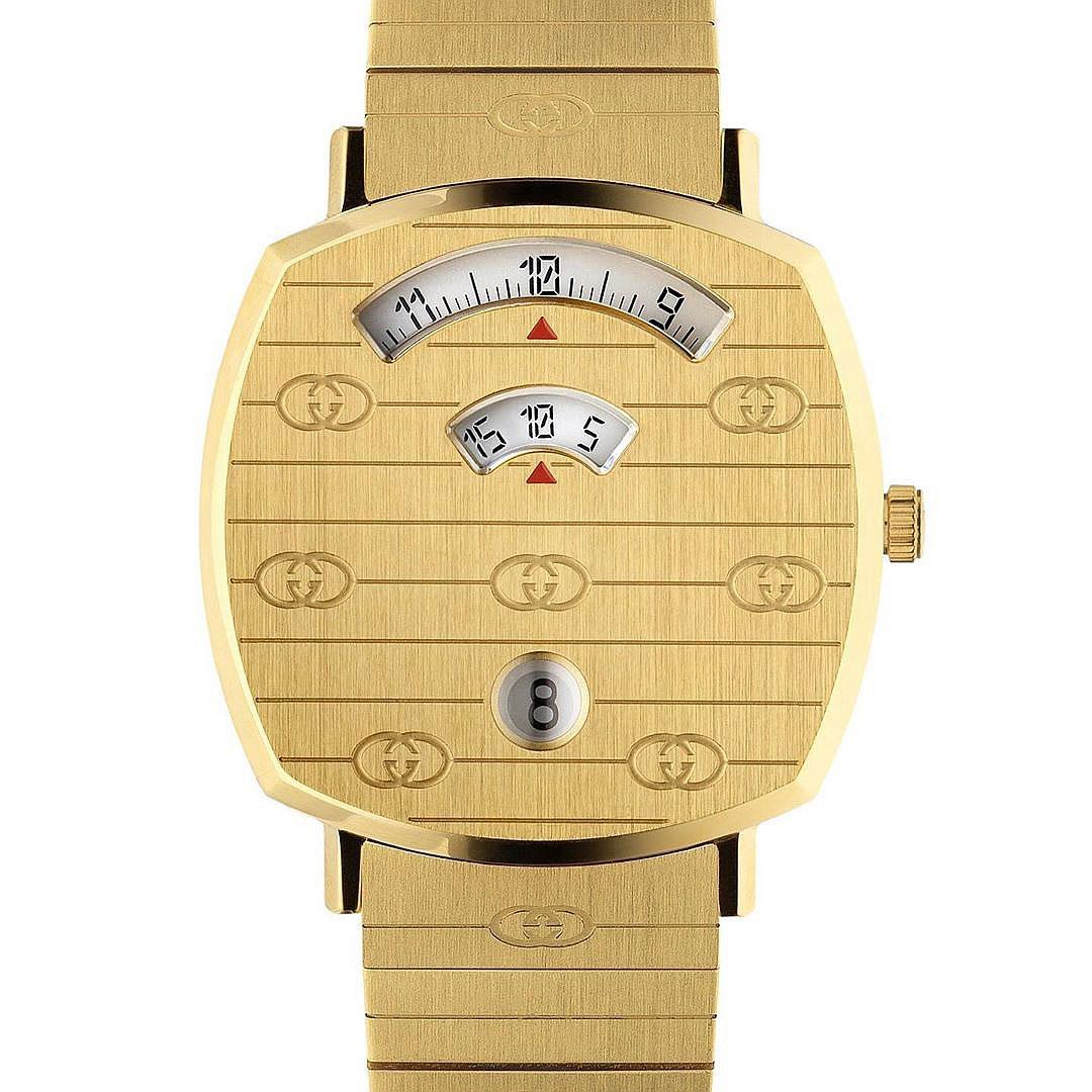 GaleriesLafayetteBerlin19_Gucci-Grip-watches-gold